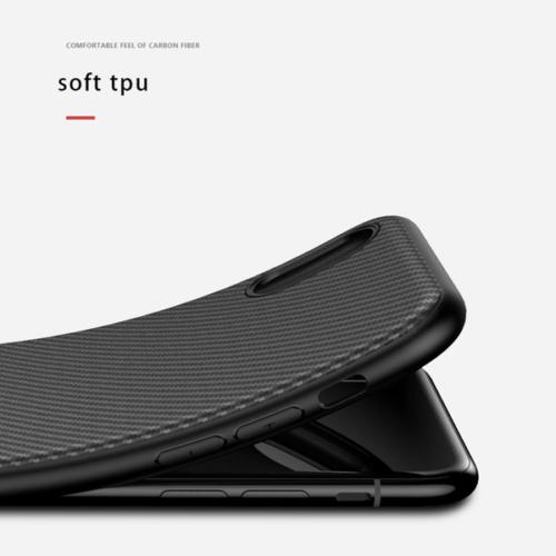 iPhone 11 Pro Slim Carbon telefontok